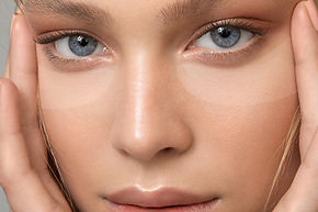 CLOSE-EYES-with-Hands-Press-Strips-flat-M.jpg
