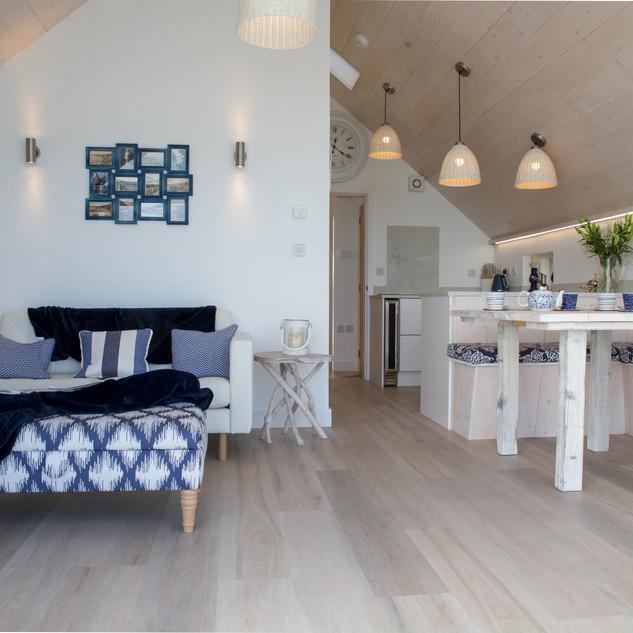 Lounge/ Diner / Kitchen