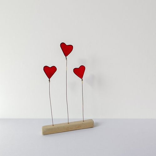 Wire and driftwood sculpture, 3 red love hearts