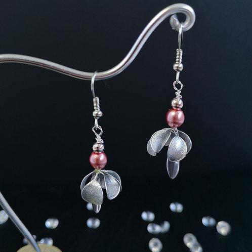 Silver crocus flowers, pink beads - Silver drop earring