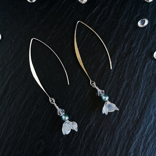 White flowers, ice blue and silver drop earring