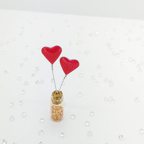 Two pink love hearts, mini bottle