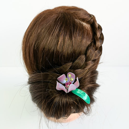 Lilac flower and leaf hair stick