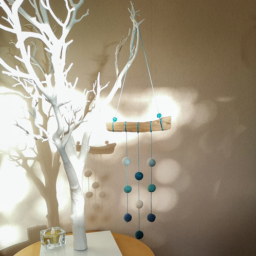 Felt ball wall hanging on driftwood - Blue