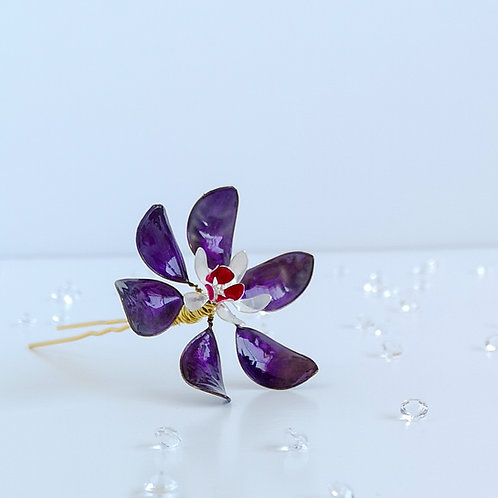 Purple, white and fuchsia flower hair pin