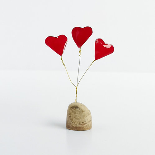 Small love bouquet, wire and driftwood sculpture