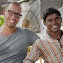 Samen met Manish tijdens filmen 2011