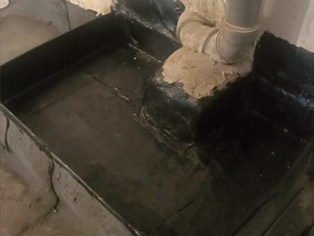 Ремонт канализации и герметизация защитных ванн на техническом этаже.