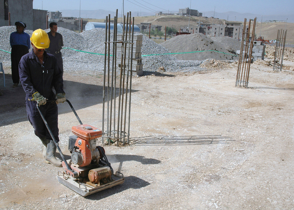 an-iraqi-subcontractor-operates-a-gasoli
