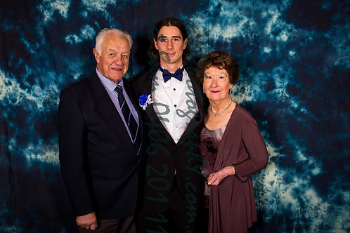 Family Photo 28