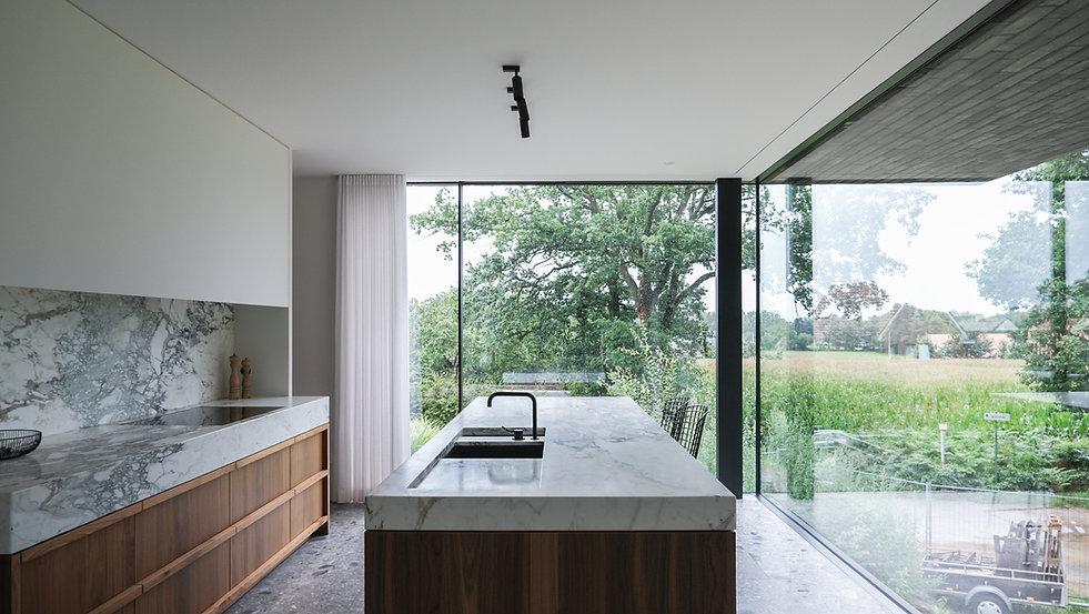 12_Kitchen 2.jpg