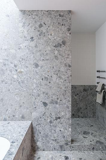 09_Bathroom 2.jpg