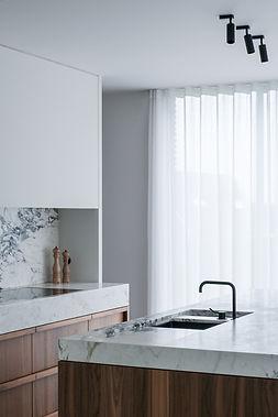 13_Kitchen 1.jpg
