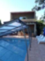 Abri de la piscine sur terrasse