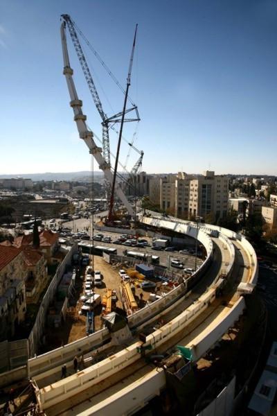 Building the Calatrava Bridge