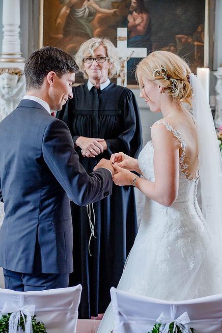 Wedding008_copyright_carenpauli.jpg