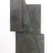 Raumschicht, 2021, Bronze,52,1 x 30 x 2,5 cm.jpg