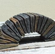 Brückenstein 21, Eisenfeilspäne korrodiert auf Gips, 12,5 x 30 x 8 cm