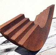 Schichtung, 2021, Eisenfeilspäne, korrodiert auf MDF,21x47 x 8 cm