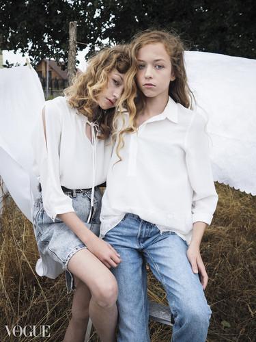 Vogue 3a.jpg