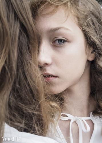 Vogue 2 (2).jpg
