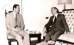 مع القائد المؤسس