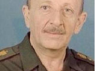 سيرة بطل - الفريق الركن طيار ، الحكم حسن علي