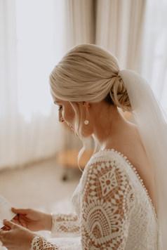Low bridal Bun for this classic bridal look