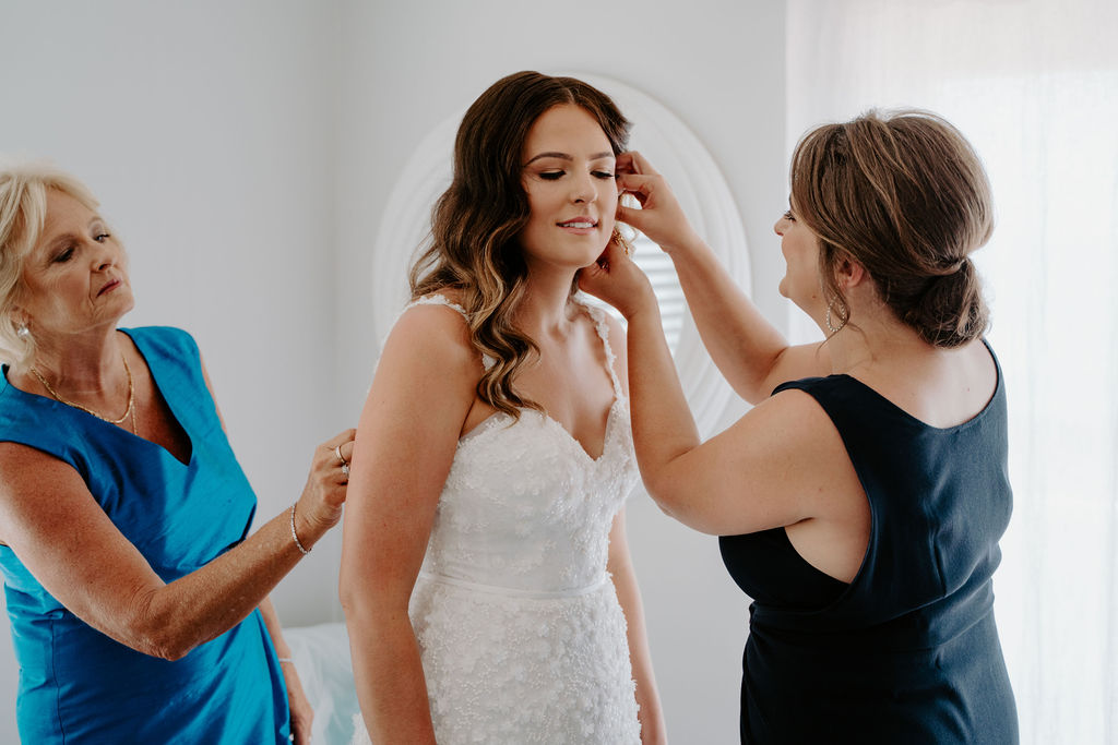 Bridal Hair, Wedding hair stylist, Auckland,Matakana, mother the bride hair