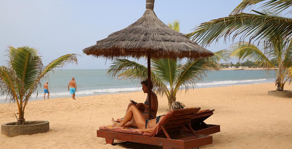 Farniente à Saly au Sénégal.jpg