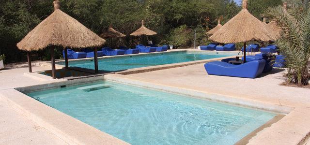 Hotel les cordons bleus - piscine.jpg