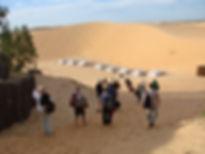 Arrivée de visiteurs à Lompoul au Sénéga