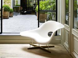 la-chaise-9ddf-design-polyurethane-armch