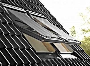 manual awning blind.jpg