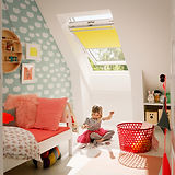 Velux Black Out Blind bright yellow.png