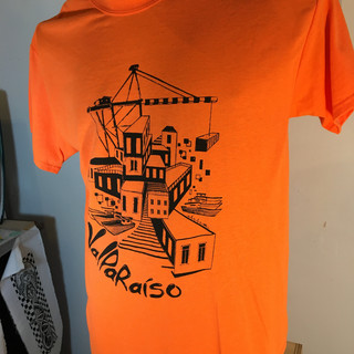 Polera Laliopuerto Naranja.JPG