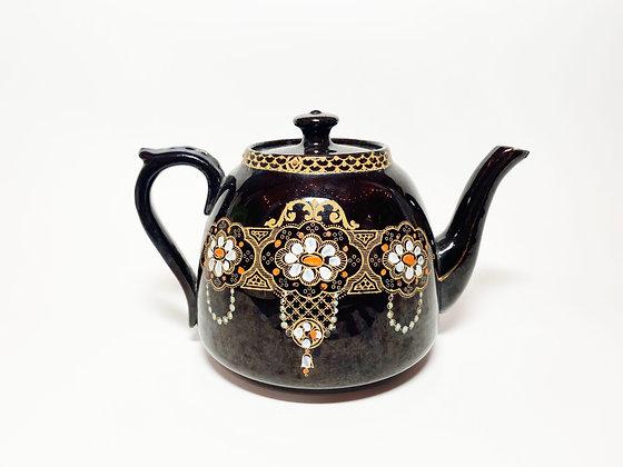 Vintage Ornate Floral Lace Teapot