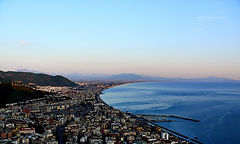 Salerno_-_Sunset_Panorama.jpg