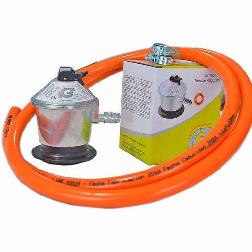 Gas regulator including hose