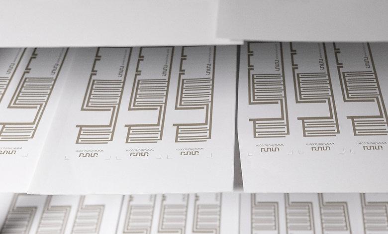 sustainable Oled Label Inuru.jpg
