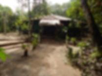 caminho dos quartos à Malocas Lodge