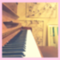 Pink_Frame_Piano.png