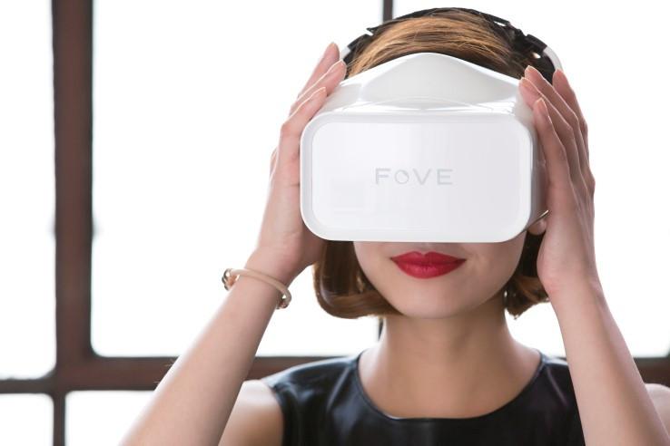 FOVE_VR_Headset.jpg