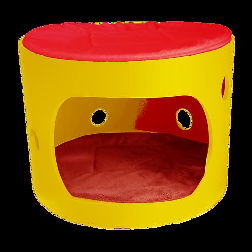 Cabane jaune avec toit et deux coussin rouge, 40cm de diamètre
