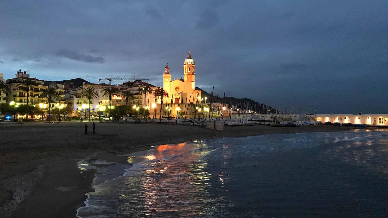 sitges-la-joya-del-mediterraneo-catalan-