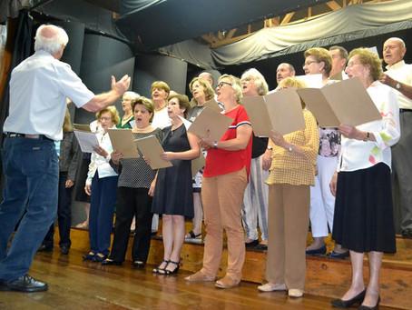 Cantata de Natal reuniu vários coros