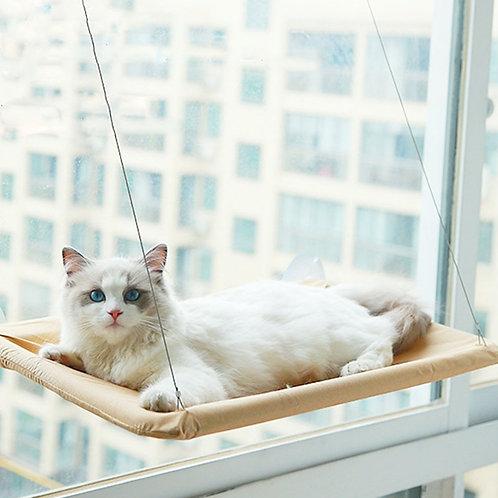 Rede de descanso suspensa para gatos.