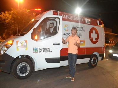 Montadas/PB: Ambulância municipal é utilizada para transporte de passageiros sem problemas de saúde