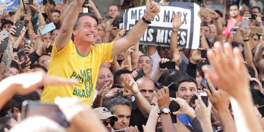 Forbes: Bolsonaro é eleito a personalidade do ano de 2019!