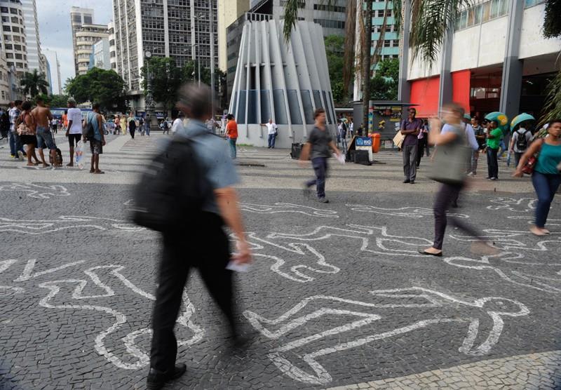 Mais de 90% dos homicídios no Brasil não são solucionados